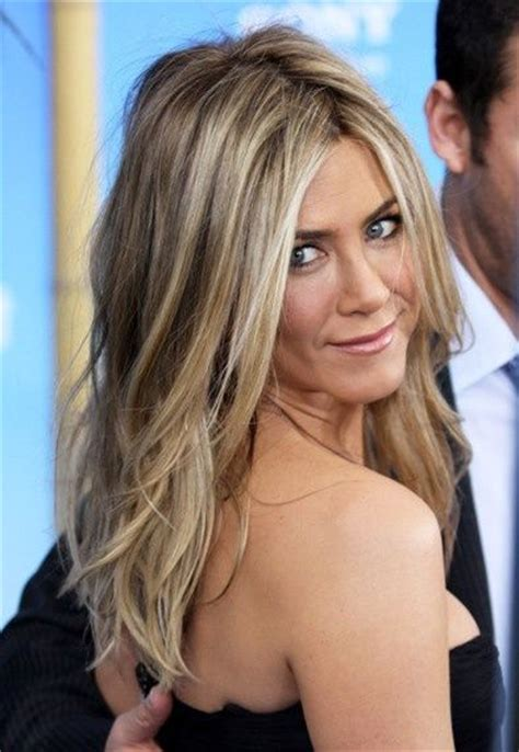 jennifer aniston natural hair color jennifer aniston hair color hair beauty pinterest