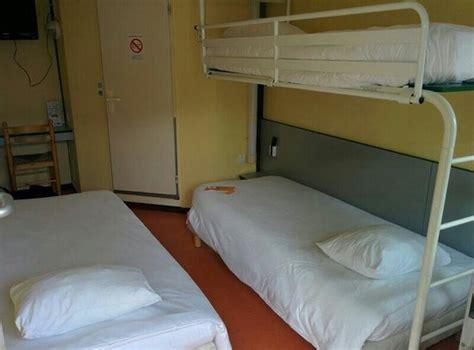premiere classe chambre chambre 3 lits simples photo de premiere classe brest