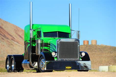 peterbilt  custom rig nexttruck blog industry news trucker information