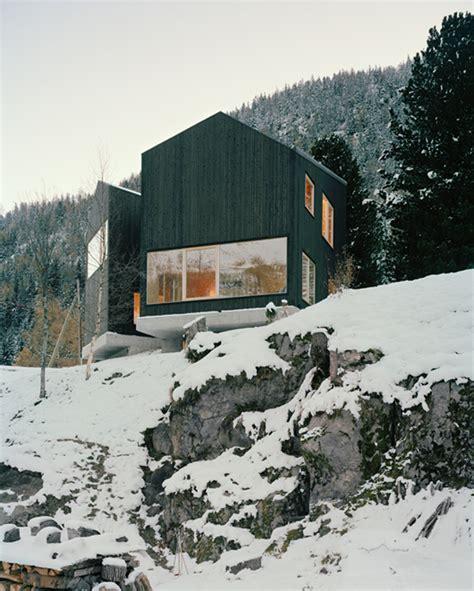 Switzerland Cabin by Minimal Cabin In Switzerland By Lacroix Chessex Architectes