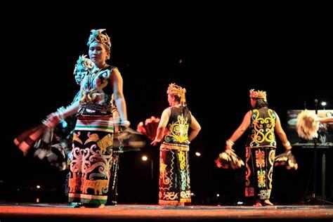 T Shirt Indonesia Trip Adventure festival adventure indonesia 2015 pesona indonesia