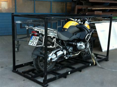 Motorrad Transportkiste by Motorradtransport Reifenspuren