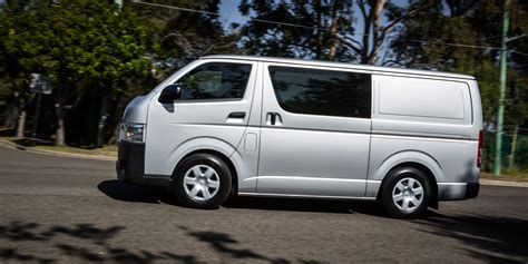 van toyota toyota hiace bus www imgkid com the image kid has it