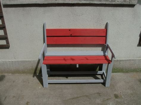 colored benches pallets kids colored bench pallet ideas recycled