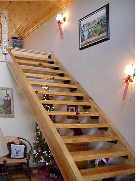 Interior Stair Designs Decobizz Com | traditional style staircase interior design decobizz com