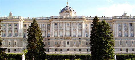 entrada palacio real entrada al palacio real de madrid colas civitatis