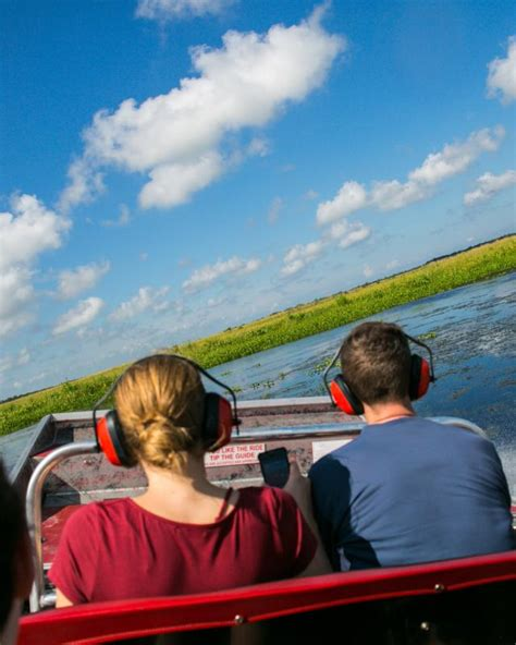 airboat in new orleans best new orleans sw tours