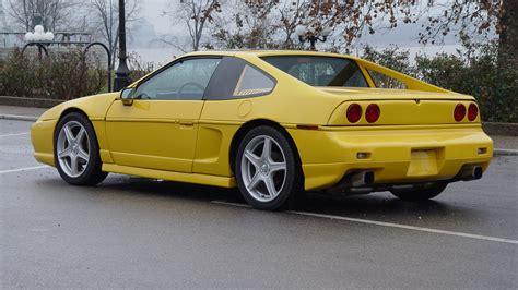 pontiac gt coupe 1986 pontiac fiero gt coupe w127 indianapolis 2013