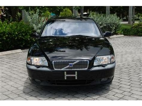 find   volvo   sedan  twin turbo  automaticn sunroof leather  cd  fort