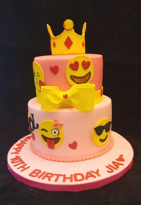 Wedding Cake Emoji by Wedding Cake Emoji Emoji Cakes From Weddings To