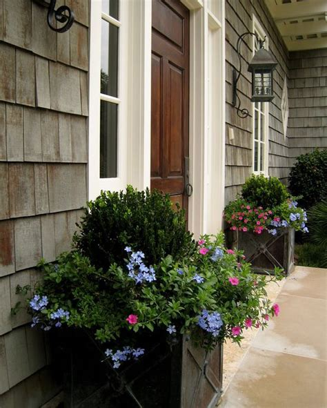 Porch Planters by 1000 Ideas About Front Door Planters On Front