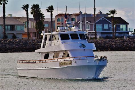 fishing boat gets run over by another boat constitution sport fishing h m landing san diego