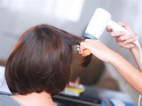 how to blow dry a bob hair cut 3 ways to blow dry layered hair wikihow