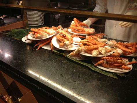 snoqualmie casino buffet snow crab legs galore picture of falls buffet at