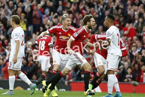 liverpool v s manchester united manchester united vs liverpool prediction preview
