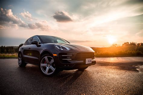 2017 porsche macan turbo review 2017 porsche macan turbo with performance package