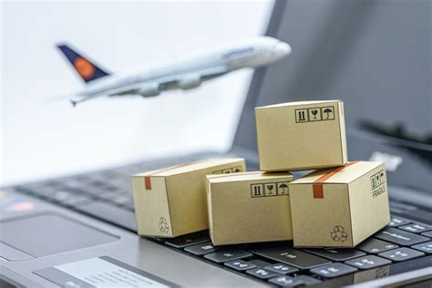 of clearing and forwarding agents in air cargo what they do