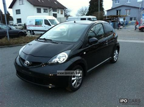 small cars black 2007 toyota aygo black car photo and specs