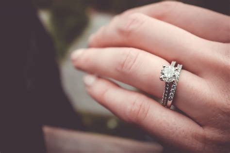 how much should you spend on an engagement ring diamondport