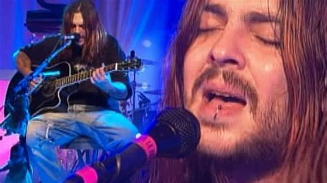 seethers shaun morgan opens   vulnerable  stunning acoustic broken performance