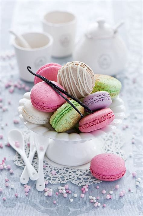 Treats V2 Strawberry Macaroon 93 best macarons images on macaroons