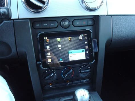 Samsung C5 Luffy 3 Fix Custom anybody fitted a tablet into their clio and if so how