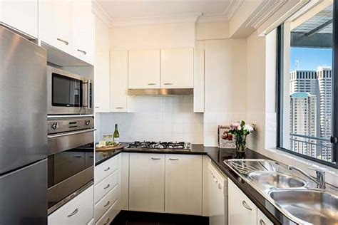 sydney accommodation apartments 3 bedroom 3 bedroom apartments sydney city psoriasisguru com