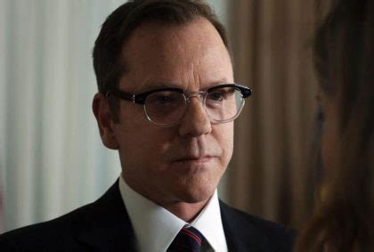 designated survivor kiefer sutherland glasses tom kirkman glasses designated survivor tv show