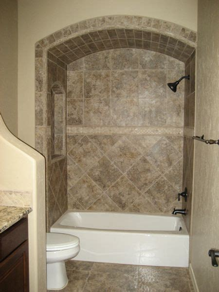 tiled bathtubs ideas 25 best ideas about tile tub surround on pinterest