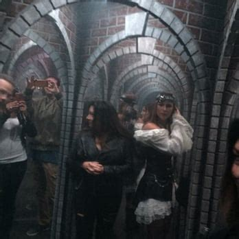 floor haunted house    reviews haunted houses  brighton blvd denver