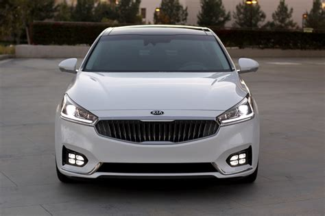 kia k7 review 2017 kia cadenza review