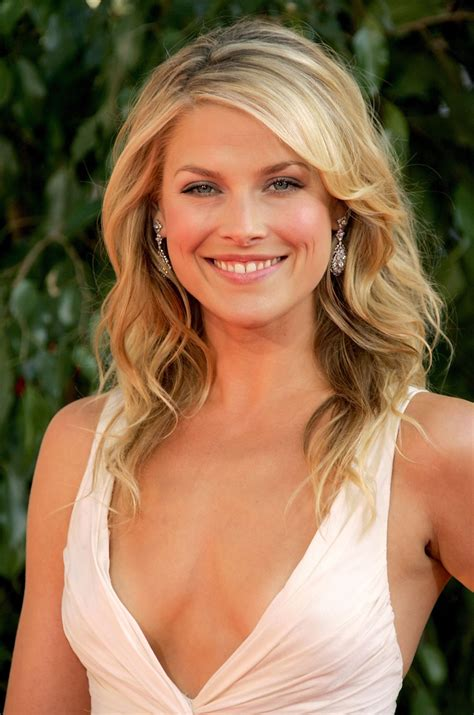 ali larter hairstyle makeup dresses shoes and perfume