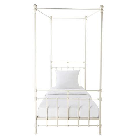 letto baldacchino maison du monde letto bianco a baldacchino 90 x 190 cm in metallo syracuse