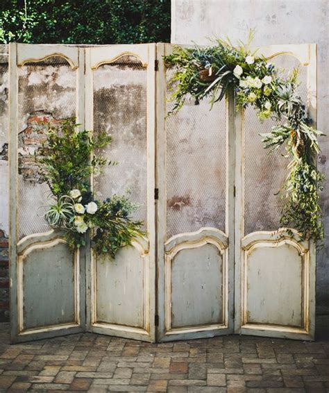 Wedding Backdrop With Doors by 31 Best Wedding Wall Decoration Ideas Everafterguide
