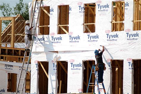 buy tyvek house wrap wrap your house with tyvek how to build a house