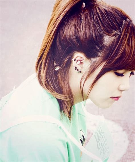 blackpink earrings these 9 idols have the most ear piercings in k pop koreaboo