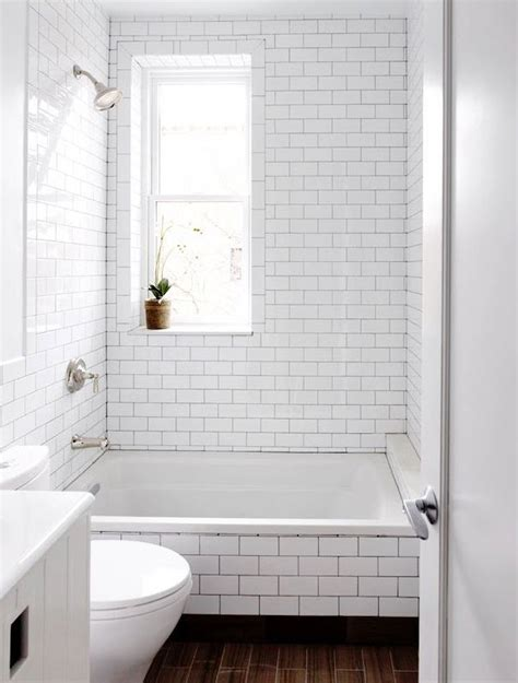 White Tile Bathroom Design Ideas by 29 White Subway Tile Tub Surround Ideas And Pictures
