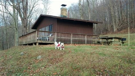 Tygart Lake Cabins by 301 Moved Permanently