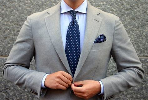 Grey Complimentary Colors by How To Match Ties To Suits And Shirts The Distilled Man