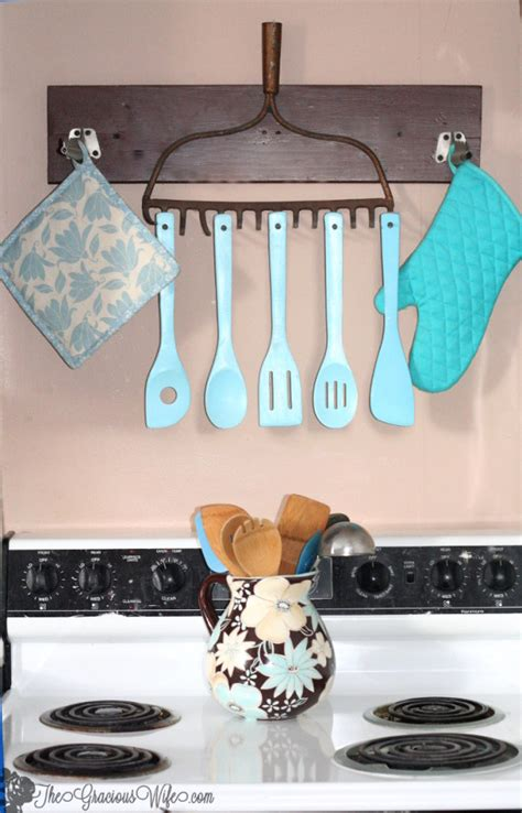 the 35 best diy kitchen decorating projects diy