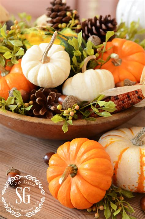 fall home decorating ideas quick and simple 183 storify quick and easy fall decorating ideas cut tops center out