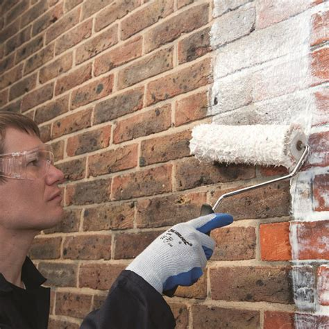 how to paint a brick wall in a proper way
