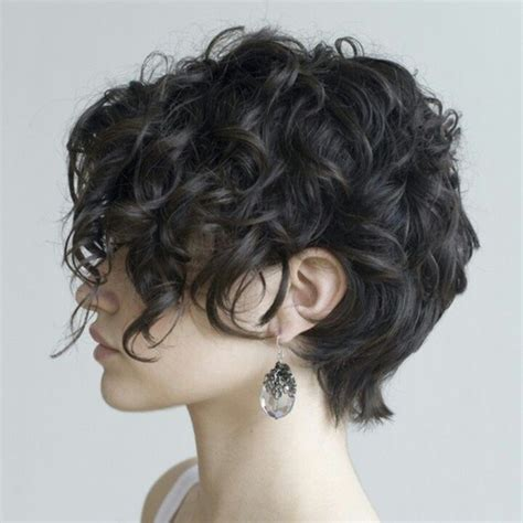 i curly hair who do you style it for a who a boy long curly pixie pixie cuts pinterest curly bob