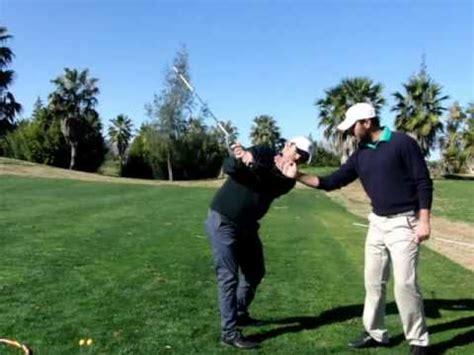 swing de golf el swing de golf el movimiento de la espalda www clasesdegolfvalencia com youtube