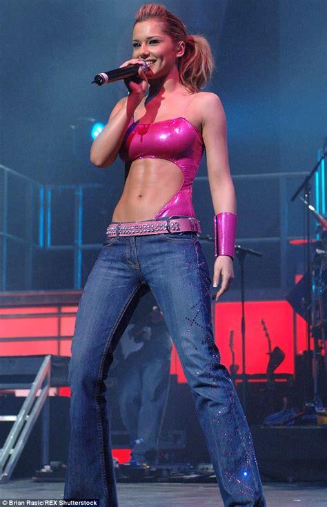 Cheryl Cole Criminal Record Femail Charts How Cheryl Fernandez Versini S Size Has