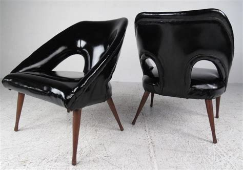 vinyl lounge chairs cheap pair of vintage vinyl lounge chairs for sale at 1stdibs
