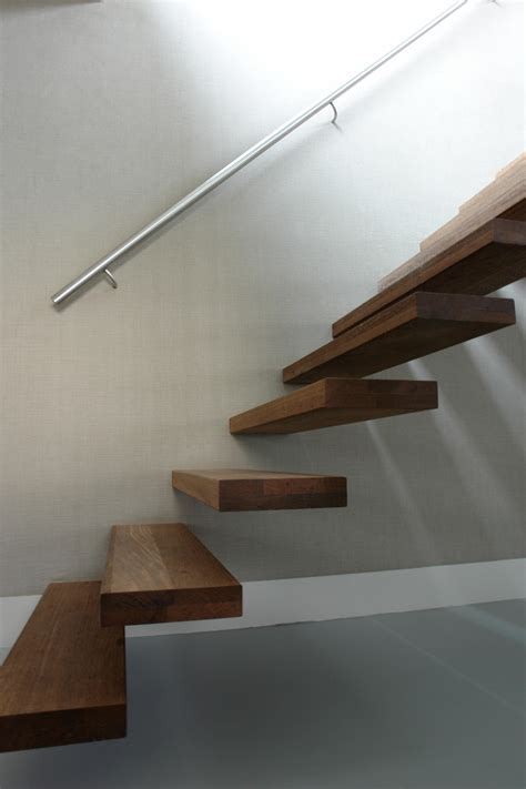 floating stairs floating stairs wood tre 513 holztreppen eestairs
