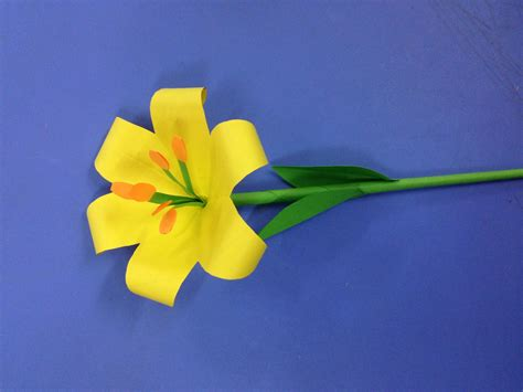 How To Make Paper Lilies - how to make paper flower easy origami flowers for