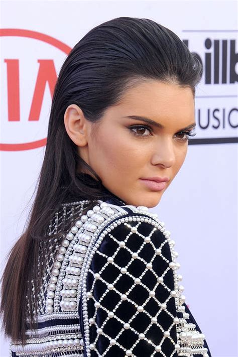 how to get a slicked back look women red carpet hairstyle the slicked back wet hair look