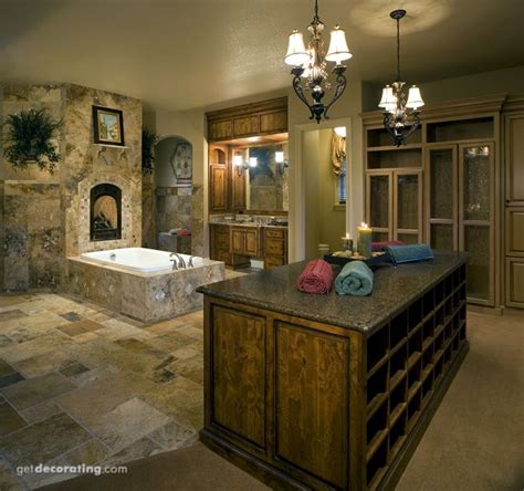 Walk In Closet And Bathroom Combination by 19 Best Master Bath Closet Combo Images On